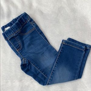 🎃Crazy 8 Medium Wash Skinny Jeans 2T🎃